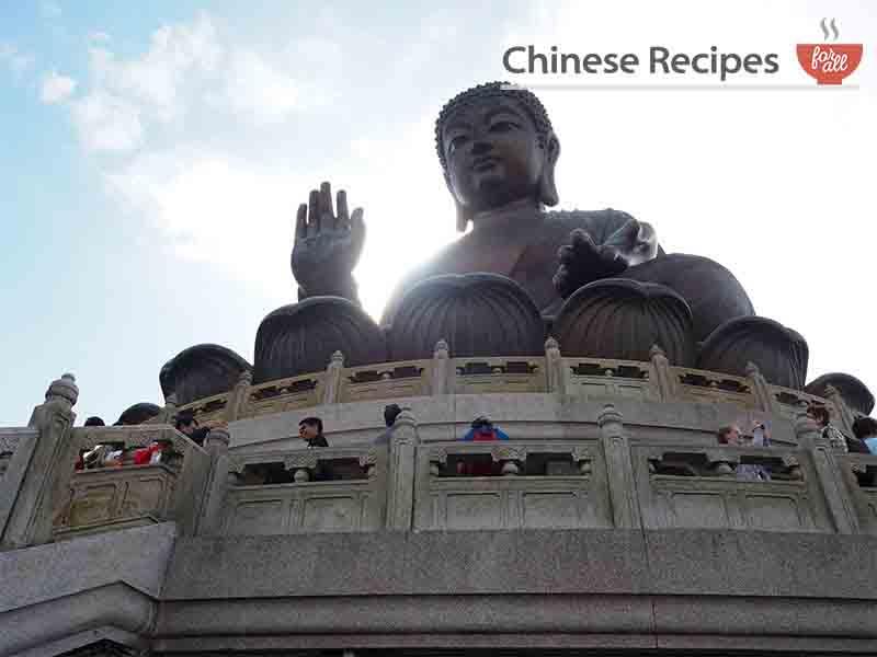 hong kong giant bronze buddha up close