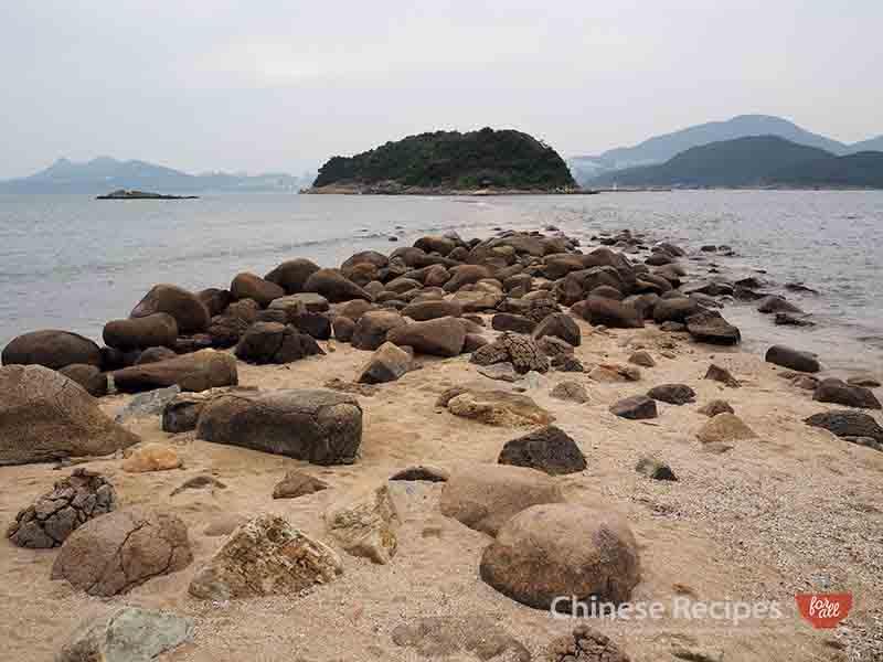 hong kong sharp island tombolo rock formation bridge