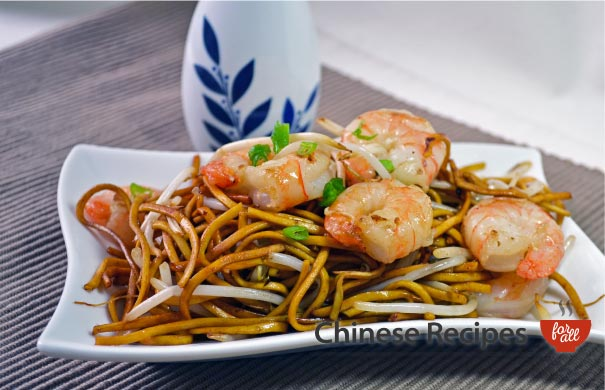 King Prawn Chow Mein Noodles - Chinese Recipes For All